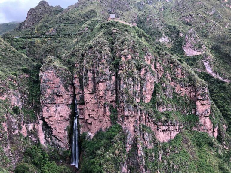 Catarata de Perolniyoc y Raqaypata